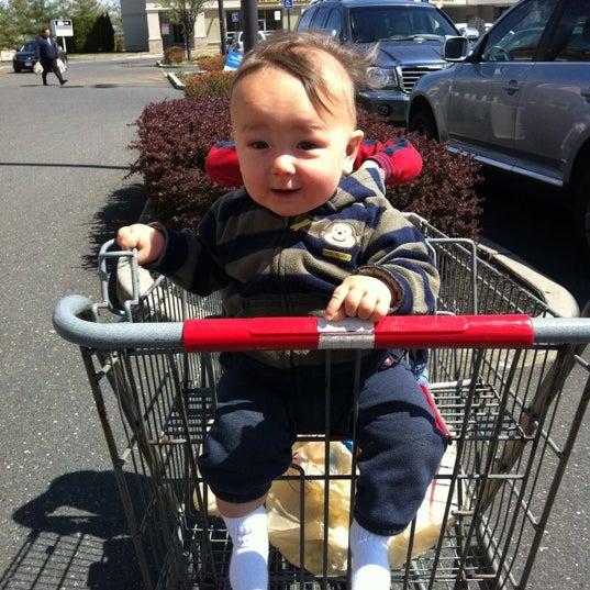 Photo taken at Stop & Shop by Chieko B. on 4/9/2012