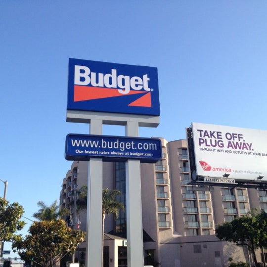 Budget Car Rental: 9775 Airport Blvd