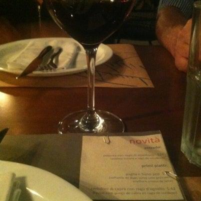 Foto tirada no(a) Domenico Pizzeria Trattoria por Marcos L. em 8/1/2012