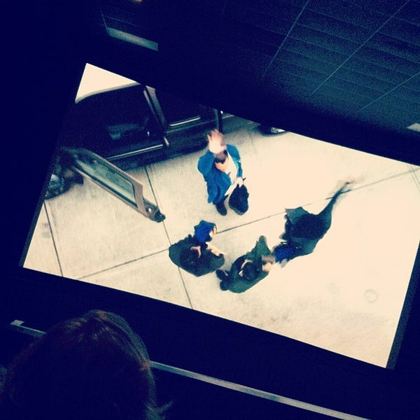 Photo taken at Regal Cinemas Green Hills 16 by Ernie A. on 7/22/2012