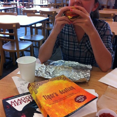 Photo taken at Five Guys by Amy Austin R. on 7/21/2012