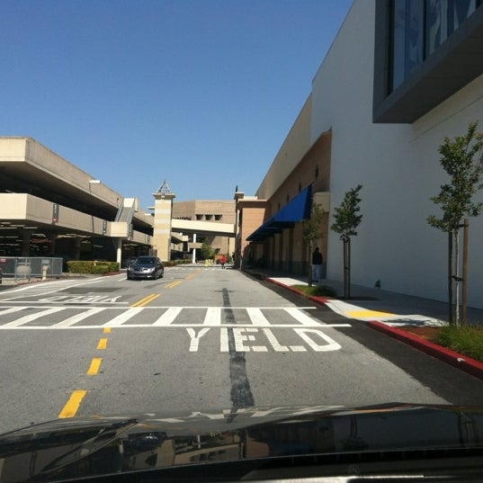 Photo taken at Hillsdale Shopping Center by Alice L. on 5/4/2012