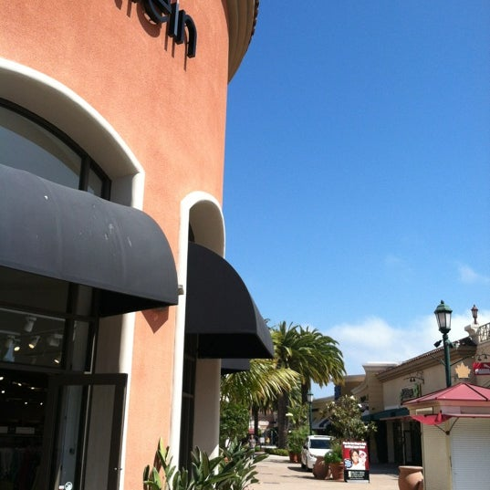 Photo taken at Carlsbad Premium Outlets by Justin O. on 6/22/2012