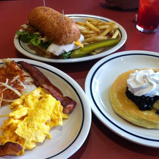 Photo taken at IHOP by Annie A. on 4/14/2012