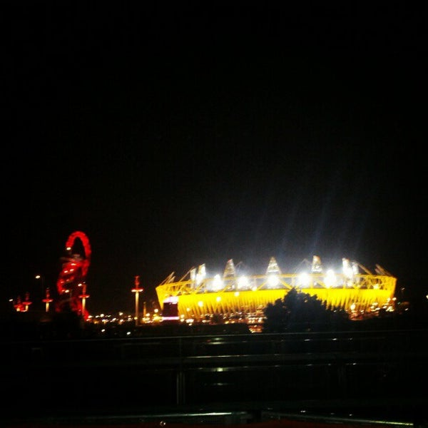 9/7/2012 tarihinde Vaughan E.ziyaretçi tarafından Queen Elizabeth Olympic Park'de çekilen fotoğraf