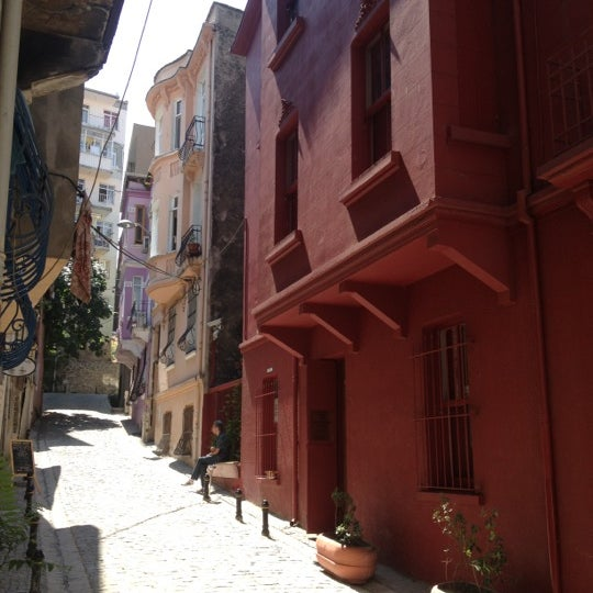 7/12/2012 tarihinde Renan T.ziyaretçi tarafından Masumiyet Müzesi'de çekilen fotoğraf