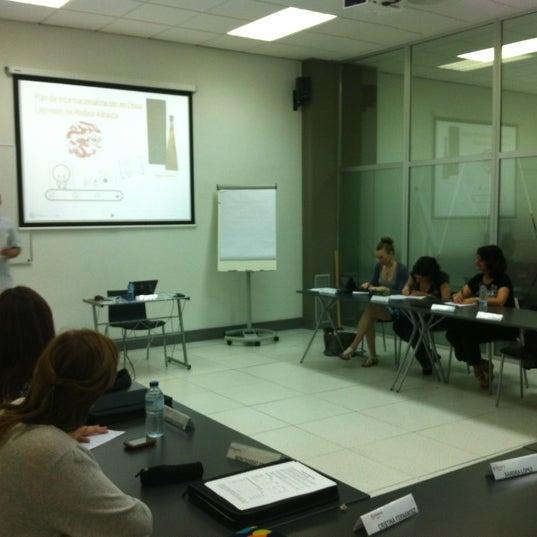 Foto tomada en Cámara de Comercio e Industria por Carmen U. el 6/6/2012