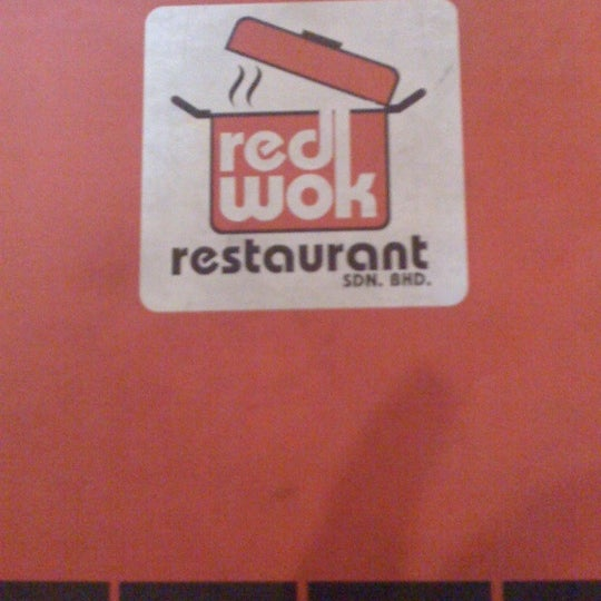Photo taken at Red Wok Restaurant by Filzah S. on 2/21/2012