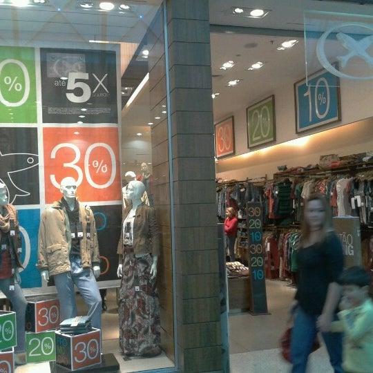 Foto tirada no(a) Shopping Neumarkt por Sidney D. em 6/23/2012