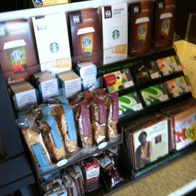 Photo taken at Starbucks by Charlie H. on 8/14/2012
