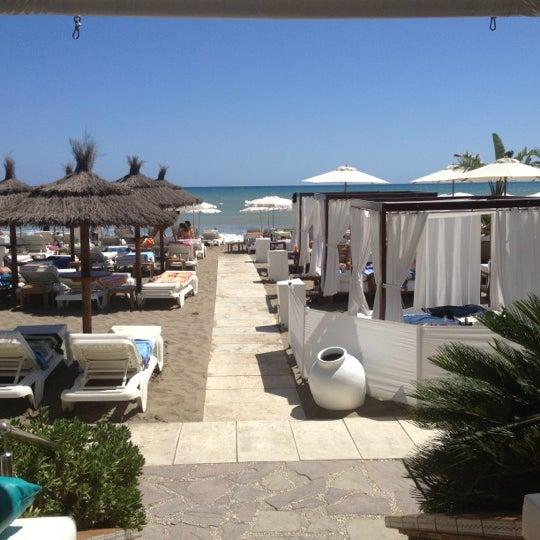 Foto tomada en Playa Miguel Beach Club por Pedro Jose G. el 9/3/2012