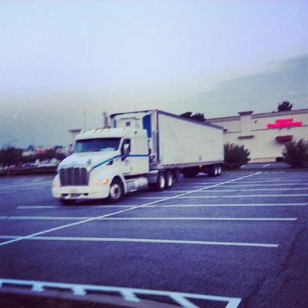 Photo prise au Walmart par Anthony H. le7/18/2012