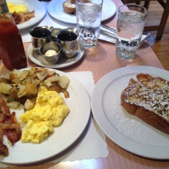 Photo taken at The Breakfast Club & Grill by Erika M. on 7/22/2012