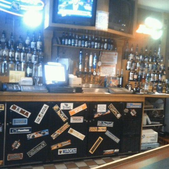 Photo taken at Smith Springs Inn & Vineyard by Tim Hobart M. on 5/13/2012