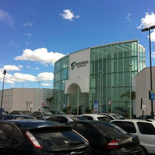 Foto tirada no(a) Boulevard Shopping Campos por Lucas S. em 7/4/2012