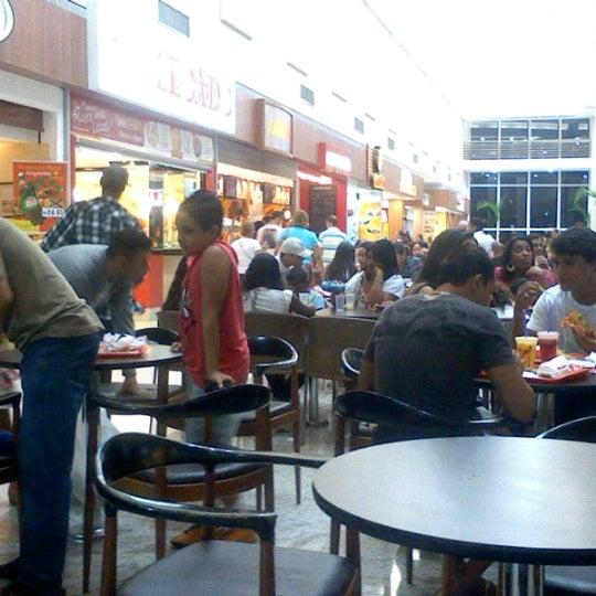 Foto tirada no(a) Partage Shopping São Gonçalo por Welington X. em 6/17/2012