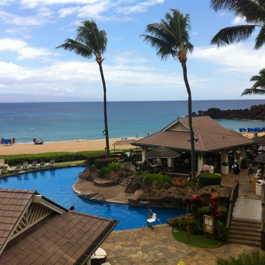 Photo taken at Sheraton Maui Resort & Spa by Rachel H. on 5/23/2012