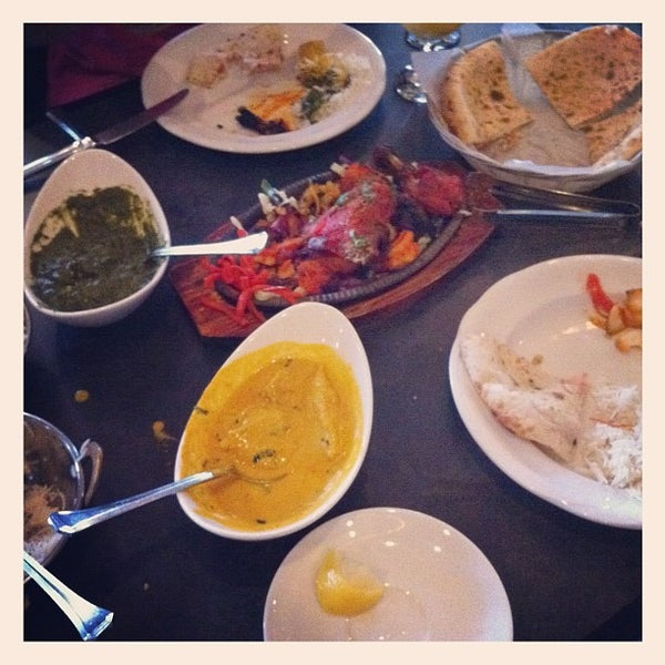 Akbar 39 s own dining lounge indian restaurant in vancouver for Akbar cuisine of india coupon
