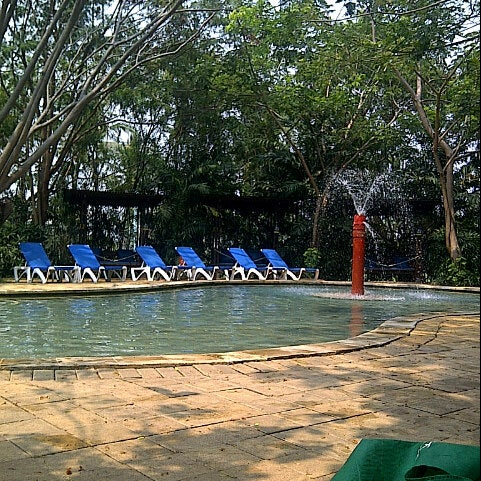 Photo taken at Waterbom Jakarta by zean oedin A. on 9/9/2012