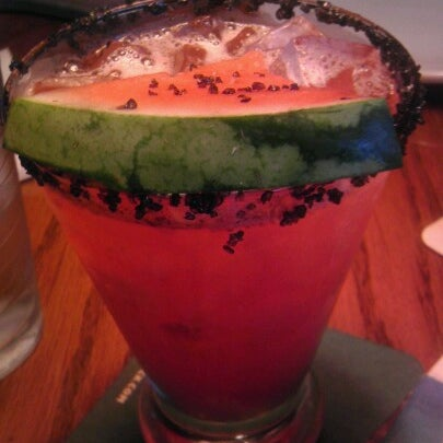 Photo taken at Outback Steakhouse by Diandra P. on 7/25/2012