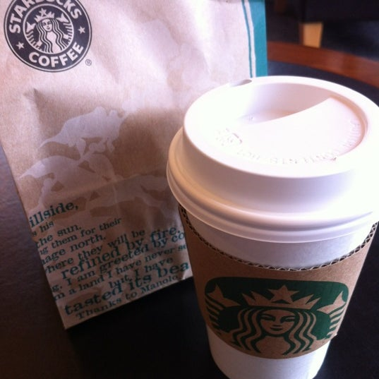 Photo taken at Starbucks Coffee ひたち野うしく店 by Sho-chang on 5/15/2012