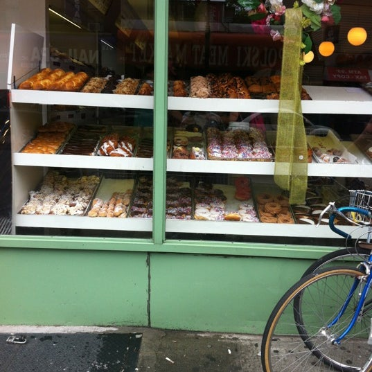 Photo taken at Peter Pan Donut & Pastry Shop by Greg P. on 5/26/2012