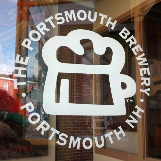 Photo taken at Portsmouth Brewery by Beer Bar R. on 8/19/2012