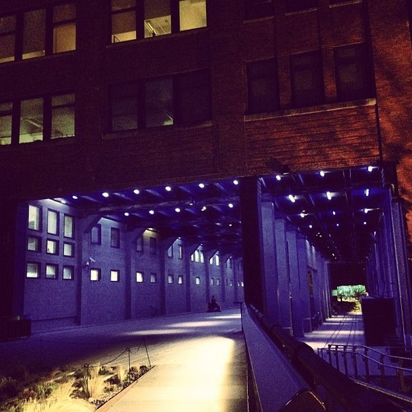 Photo taken at High Line 10th Ave Amphitheatre by Daniel G. on 4/5/2012