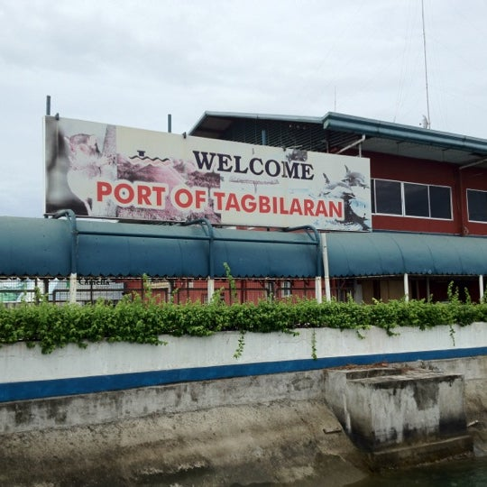 Photo taken at Tagbilaran City Bohol Port by RyanNeil B. on 7/21/2012