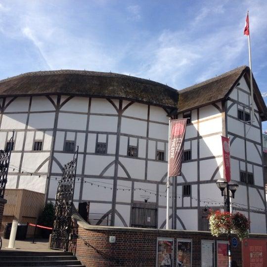 Photo taken at Shakespeare's Globe Theatre by Bruna B. on 9/6/2012