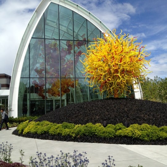 Chihuly garden and glass art museum in seattle - Chihuly garden and glass discount tickets ...