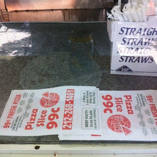 Photo taken at 99¢ Fresh Pizza by Jonn Nubian on 5/29/2012