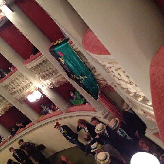 Das Foto wurde bei Teatro Metastasio von Giuseppe B. am 3/8/2012 aufgenommen