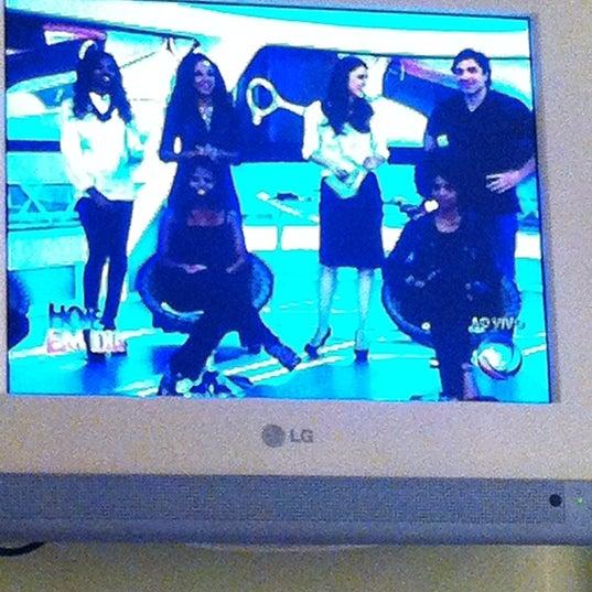 Foto tirada no(a) MullenLowe Brasil por Sabrina T. em 4/13/2012