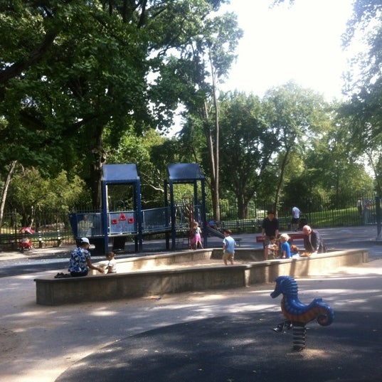 Photo taken at Central Park - Mariners' Gate Playground by Brynjolfur on 8/26/2012