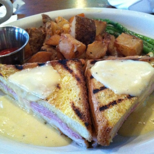 Photo taken at Blue Ridge Grill by Pat B. on 6/17/2012