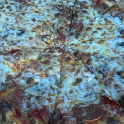 Photo taken at Pizza Romana Originale by Lisa B. on 6/3/2012