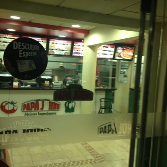 Photo taken at Papa John's by Marcos N. on 5/4/2012
