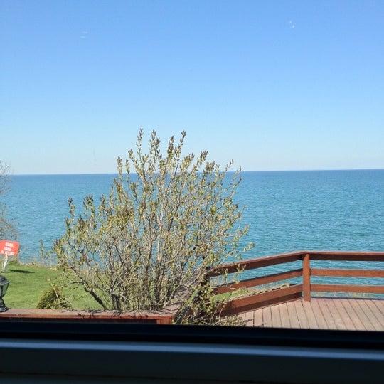 Photo taken at Lake House Restaurant by Irene Q. on 4/13/2012