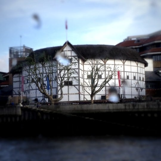 Photo taken at Shakespeare's Globe Theatre by Keira V. on 6/6/2012