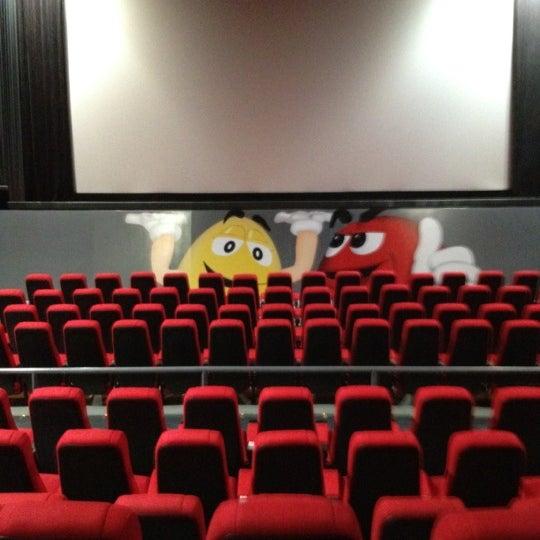 Foto tomada en Cine Hoyts por Gabriel G. el 5/25/2012
