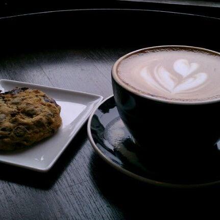 Photo taken at Stanza Coffee Bar by E M. on 5/22/2012