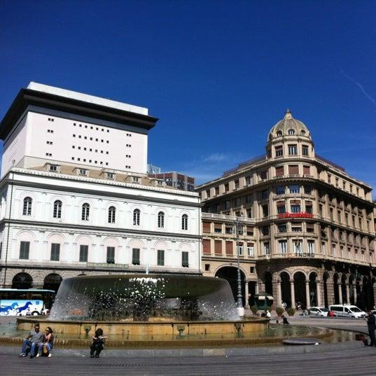 Foto scattata a Piazza de Ferrari da Massimiliano P. il 5/17/2012
