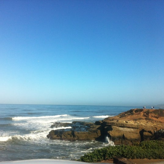 Foto tirada no(a) Sunset Cliffs Natural Park por Colleen D. em 3/2/2012