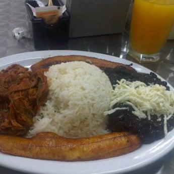Photo taken at Panadería Los Venezolanos by Lizbella M. on 9/8/2012