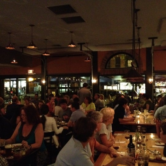 Photo taken at The Farmhouse Tap & Grill by Philip T. on 8/18/2012