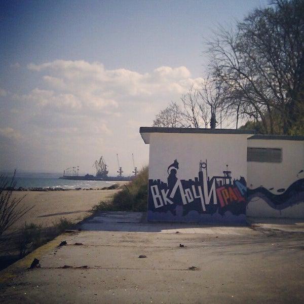 Foto scattata a Централен Плаж Бургас (Burgas Central Beach) da SuperTed il 4/12/2012