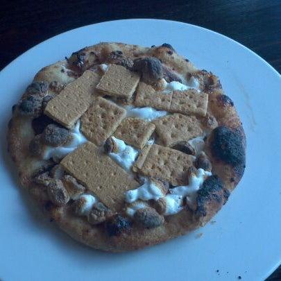 Foto scattata a Pizza CS da Johnny T. il 3/4/2012