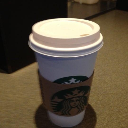 Photo taken at Starbucks by Chaiya Z. on 2/17/2012