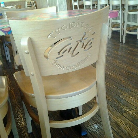 Photo taken at Tropical Smoothie Cafe by MaryAnn M. on 2/27/2012